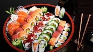 Роллы и суши_