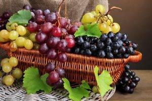 Разрешен ли виноград при язве желудка