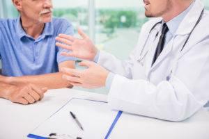 Прежде чем начинать в домашних условиях прием средств народной медицины, пациент должен получить консультацию у врача
