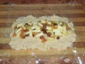 Рисовый рулет с фруктами с добавлением изюма рецепт приготовления