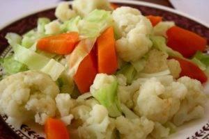 отварные овощи и печеные фрукты