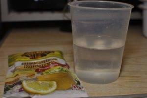 Вода с лимонной кислотой