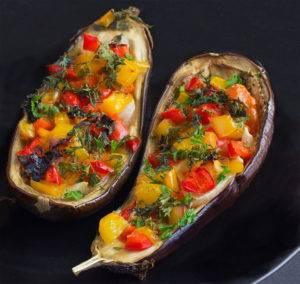 Баклажаны, запеченные с овощамирецепт для меню стол 3