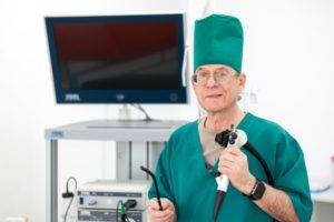 врачу-гастроэнтерологу