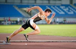 Внезапное изменение уровня физической активности, особенно когда человек напрягается, может привести к задержке опорожнения кишечника