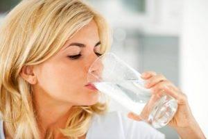 Выпейте 8 стаканов воды
