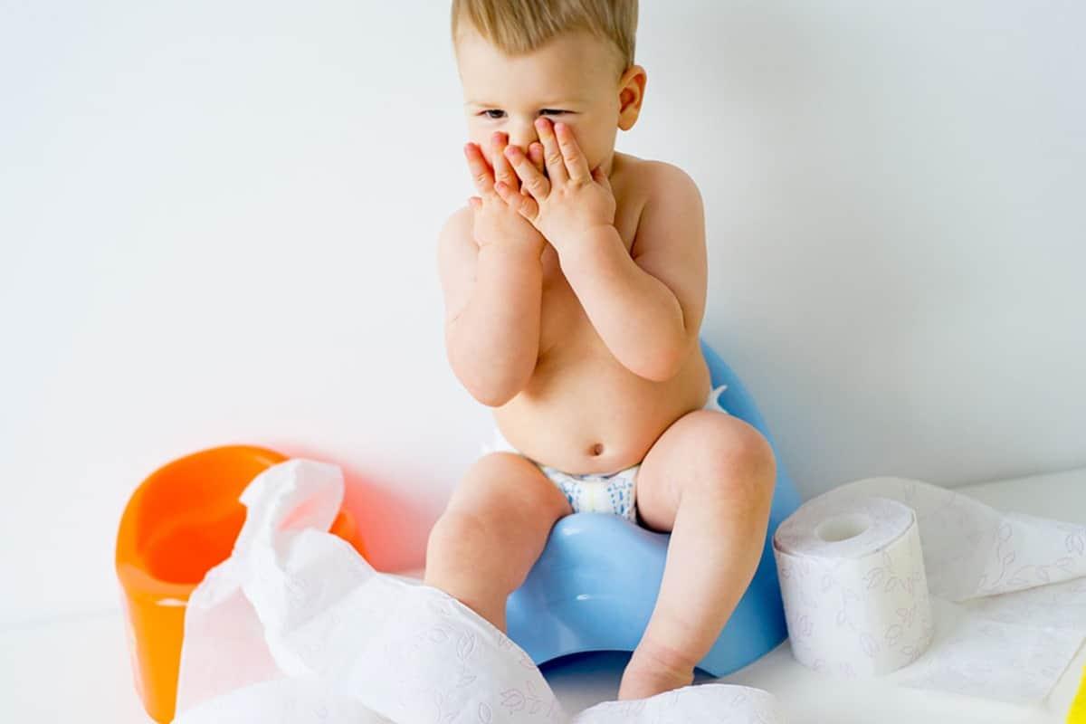Хронический запор у детей причины